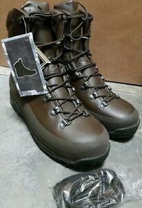 New British Army Iturri Cold Weather Goretex Boots UK size 11 M, new in box