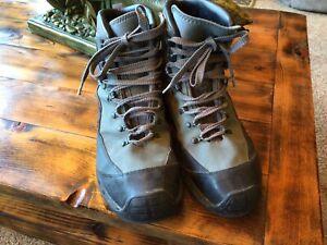 patagonia wading boots mens 10