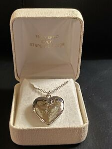 """18 KT WHITE GOLD OVER 925 STERLING SILVER HEART LOCKET W CHAIN IN BOX  16.5"""""""