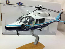 Shanghai Public Security Bureau the municipal police helicopter (L)