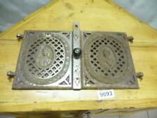 9693. Paar alte Biedermeier Ofentüren Ofentür Ofen Tür Gusseisen