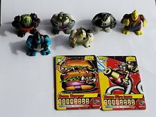 ORIGINAL BEN 10 SUMO SLAMMERS.  SERIES 1 WITH 2 COLLECTIBLE CARDS. GUC