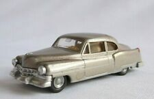 HO scale PRALINE,  CADILLAC  2-Door SEDAN