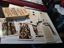 Jeu de 54 cartes à jouer au portrait de Paris créé par Hector de Trois