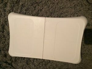 Wii fit balance board With WiiFit Games X2