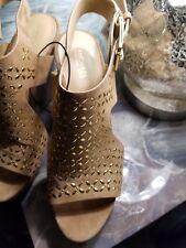 MICHAEL Michael Kors Platform Wedge Sandals with gold,  Size, 7.5