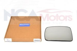 Discovery 3 Wing Mirror Glass LR017070 Front LHS Passenger N/S [Heated]