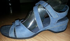 Liz Claiborne MUTED BLUE SUEDE SHOES Size 7.5 Comfortable Strappy Low Wedge NICE