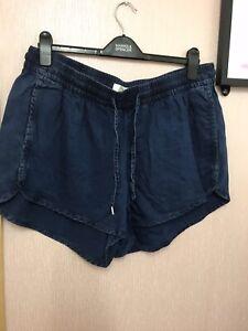 H&M Blue Denim Look Short Shorts Size 20