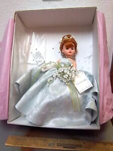 madame alexander lily of the valley doll 22520 original box, excellent condition