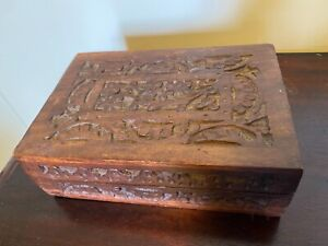 INDIAN CARVED SHEESHAM WOOD BOX
