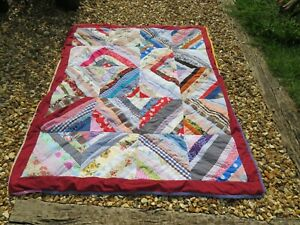 VINTAGE HANDMADE COTTON PATCHWORK QUILT - 20 BLOCK WITH BOARDER & LIGHT PADDING