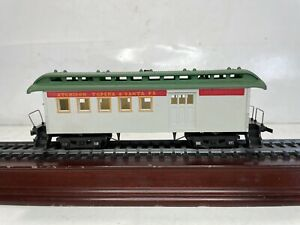 Vintage Tyco Mantua Ho Scale Model Trains AT&SF Combine Baggage Passenger Car