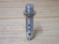 Allen Bradley 871TM-D5NP18-D4 Proximity Sensor 871TMD5NP18D4