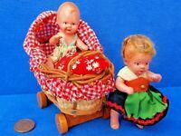 2 PUPPEN EDI + HERTWIG MIT PUPPENWAGEN PUPPE POUPÉE SAMMLER VINTAGE PUPPENHAUS