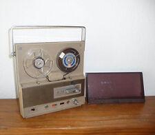 Ancien petit magnétophone à  Bandes   Vintage  genre revox ...