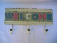 SHABBY WOODEN WELCOME SIGN WITH WALL HOOKS