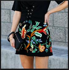 Zara Schwarz Bestickt Minirock Größe S