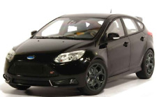 Ford Focus ST 2011  Black  1:18 Minichamps new and boxed