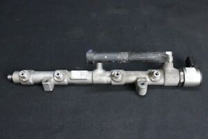 Audi SQ7 V8 4.0 Tdi Distributeur de Carburant Rampe D'Injection 057130090AH