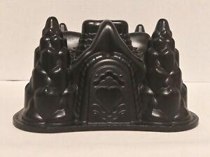 NORDIC WARE 3D FAIRYTALE COTTAGE GINGERBREAD HOUSE BUNDT CAKE PAN