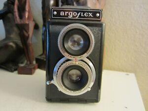 Argoflex TLR 75mm,f.4.5 twin lens film camera