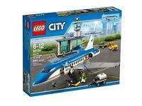 LEGO® City 60104 Flughafen-Abfertigungshalle - NEU / OVP