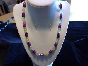 "19"" Necklace w/ Natural Purple Sugilite Barrels & Natural Light Green Peridot"