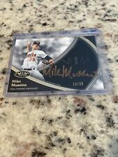 Mike Mussina Auto/25 Topps Tier One Gold