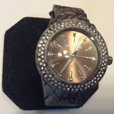 Gino Milano womens watch,higher end model,clear stone bezel,rarely worn     L471