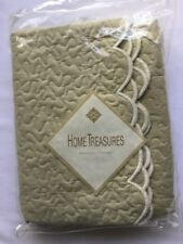 Home Treasures King Quilted scalloped Pillow Sham Green