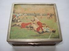 C1910 un rugby match peint à la main photo par ernest prière cigarette box