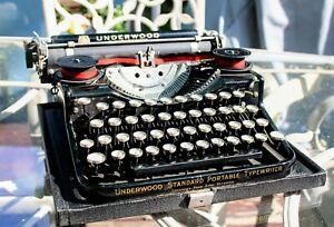 Vintage Black Steel 1930's Underwood Universal Portable 4 Bank Typewriter & Case