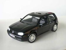 REVELL VW GOLF IV GTI NERO 1:18 stata limitata 1/700