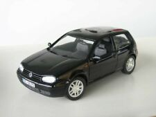 Revell VW Golf IV GTI schwarz 1:18 limitiert 1/700