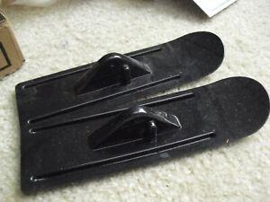"""Lot of 2 RC Airplane Black Landing Water Skis 7"""" Long NOS"""