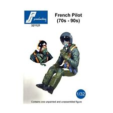 1/32 PJ PRODUCTION FRENCH PILOT SEATED IN A/C (70s-90s)