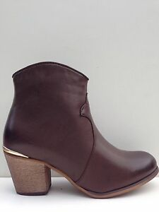 """WOMENS""""SPANISH""""BY NO! SHOES MID BLOCK STACKED HEEL ZIP ANKLE BOOT IN  BROWN PU"""