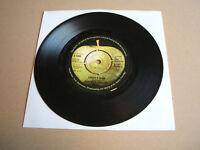 "Paul McCartney And Wings - Junior's Farm Vinyl 7"" 45 RPM Single Push-out Centre"