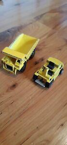 Hot Wheels Vintage 1979 Caterpillar CAT Dump Truck And Fork Lift Yellow
