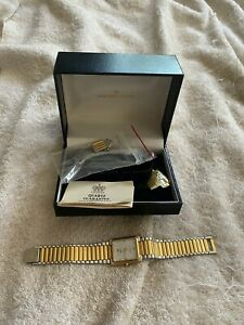 Vintage Hamilton Saville 8302 Watch Date  with Box