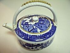 Worcester Blue Willow Footed Teapot