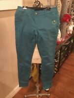 Vera Wang brand sz 5 jeans in Teal w/ heart logo. Skinny fit. FREE shipping!