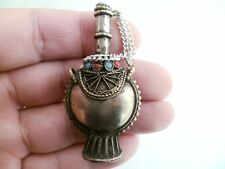 Tibet Silver Inlay Coral Chinese Handwork Old Carving Snuff Bottle