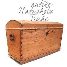 antike Naturholz Truhe in schönem Zustand, alte Runddeckeltruhe Vintage Vollholz