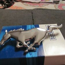 NOS 1968 FORD MUSTANG OR GT/CS FRONT RUNNING HORSE GRILL GRILLE EMBLEM NOS FORD