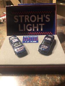 NASCAR Racing Collectables Mark Martin Stroh's Light Racing Set 1:64 '88 89