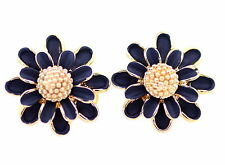 Retro style 3D gold and black enamel daisy earrings