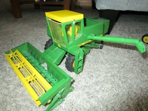 John Deere Farm Toy Ertl Original 6600 Combine Extremely Rare Displayed Only
