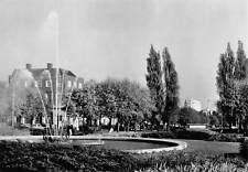 Howardsgate, Hertfordshire, Welwyn Garden City, Fountain